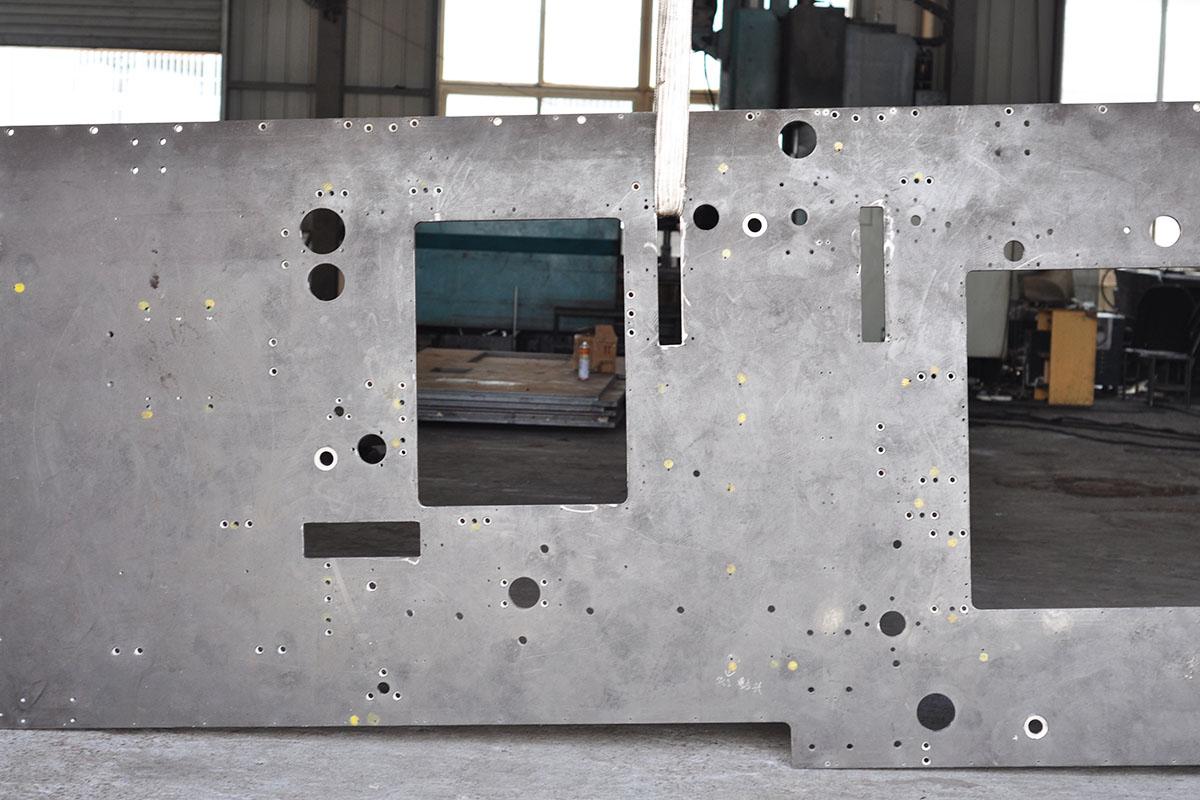 印刷机械墙板副本.jpg